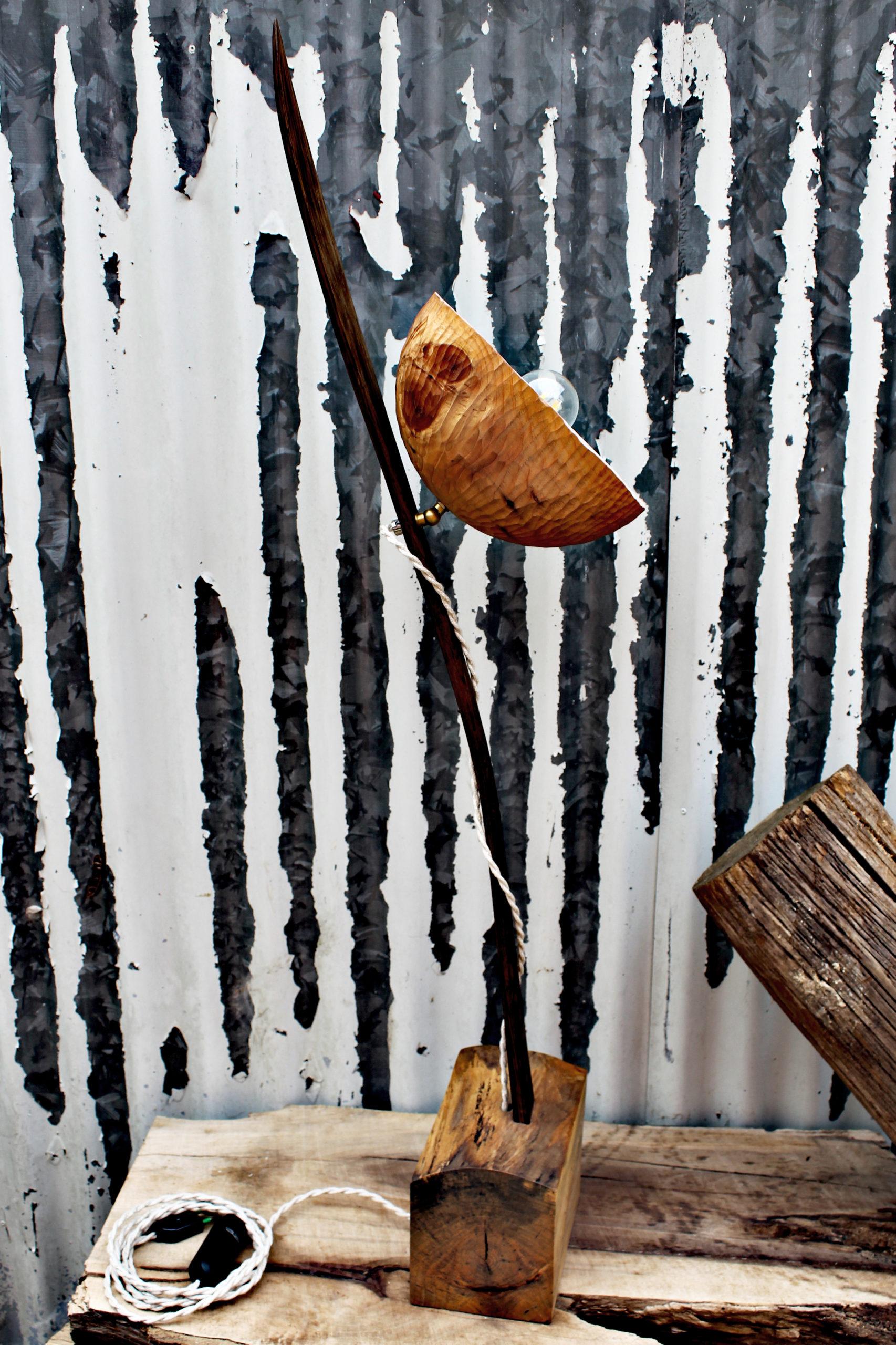 Artigianato in legno - lampada da arredo